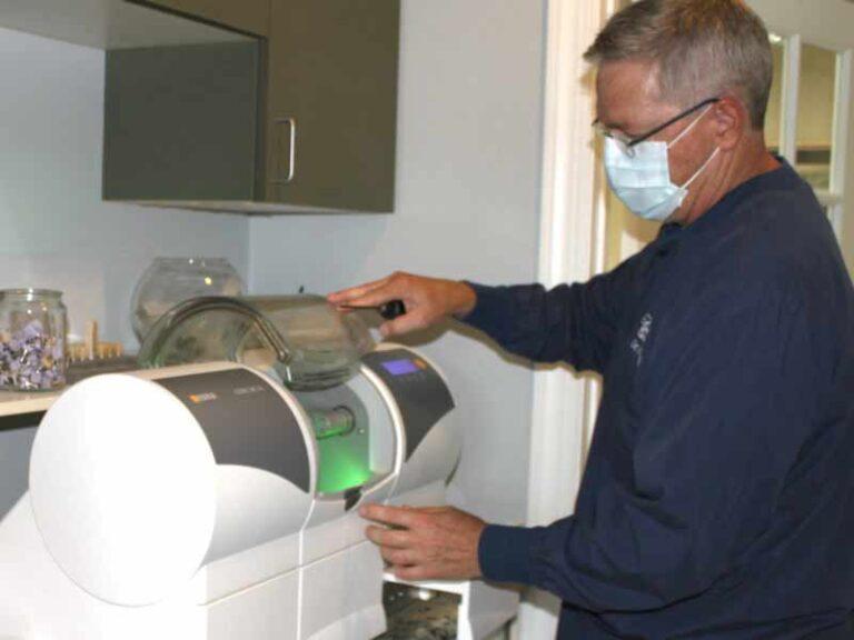 CEREC Crown milling machine
